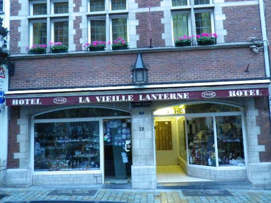 La Vieille Lanterne: view of the front