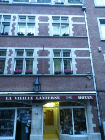 La Vieille Lanterne: Room outside look