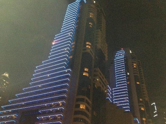 Grosvenor House Dubai: Evening view of Grosvenor House