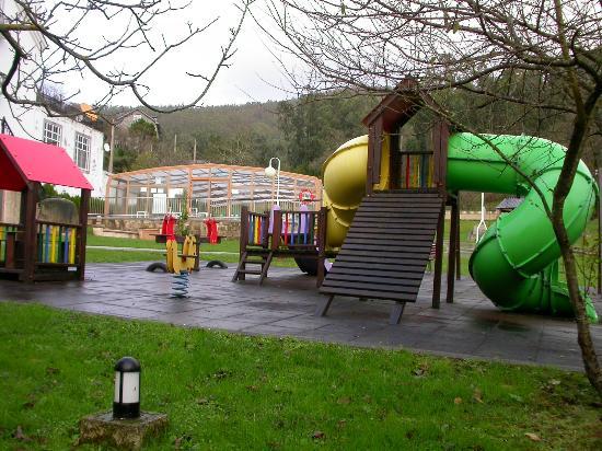Hotel O Val Do Naseiro: Área de juegos infantil