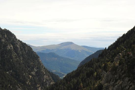 Pyrenees National Park (Parc National des Pyrenees): Sept 2012 Nuria Valley Pyrenees