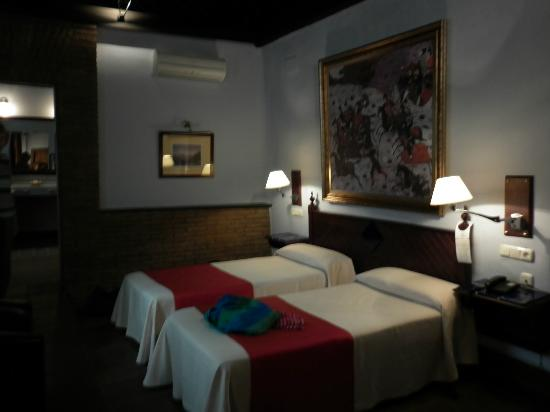Casa Palacio Pilar del Toro Hotel: moorish room, fascinating but not cosy