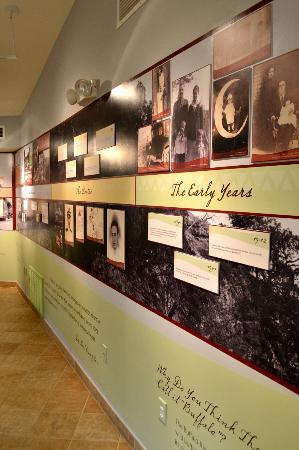 Compton Gardens and Conference Center: Neil Compton Exhibit Room