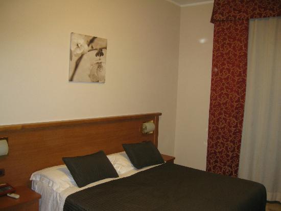 Hotel Franchi : Stanza1