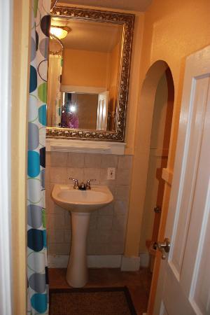 Hotel San Ayre by Bud+Breakfast: Bathroom