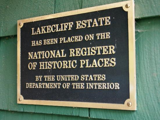 Lakecliff Bed and Breakfast: A B&B with history