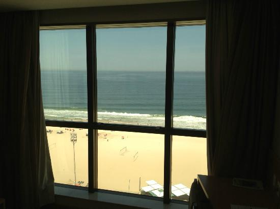 Arena Copacabana Hotel: Room window