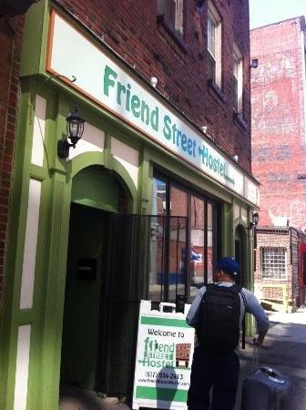 Friend Street Hostel: The Facade
