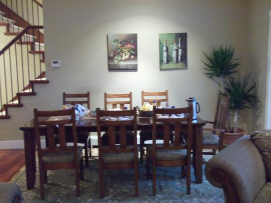 The Seabreeze Guest House: Dining room