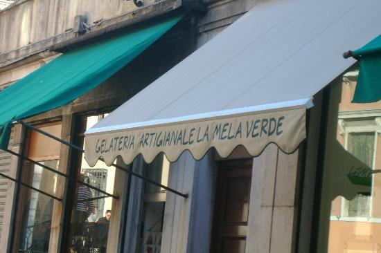 La Mela Verde: Shop