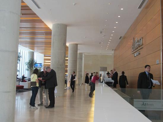 Atton San Isidro: Hotel Lobby