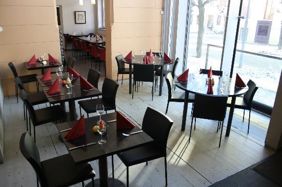 Restaurant Valuta: Artsy atmosphere