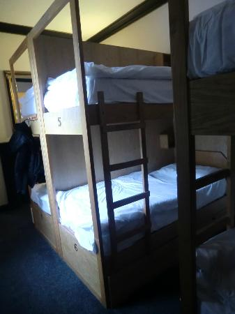Globetrotters Tourist Hostel: dorm