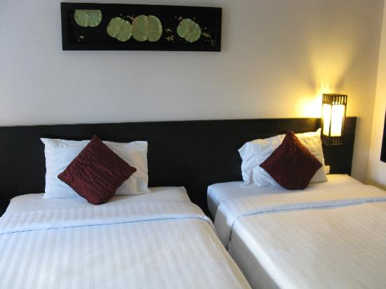 Deevana Plaza Phuket Patong: nice beds except pillow too soft