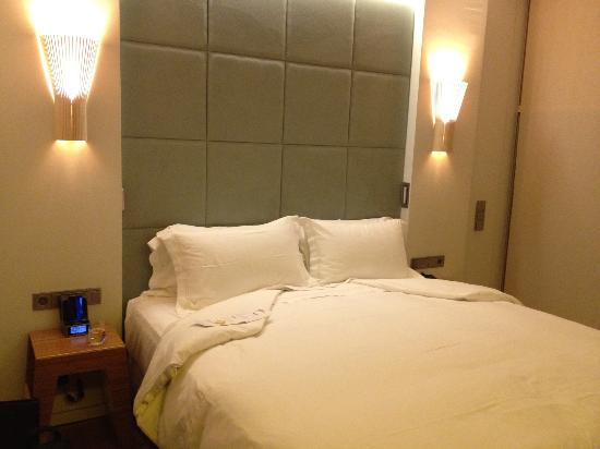 New Hotel: Comfortable bed