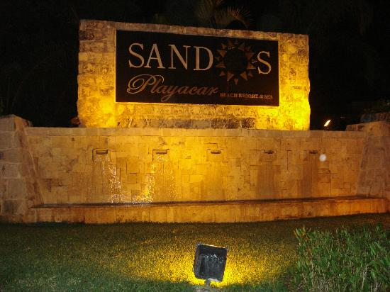 Sandos Playacar Beach Resort: Entrada