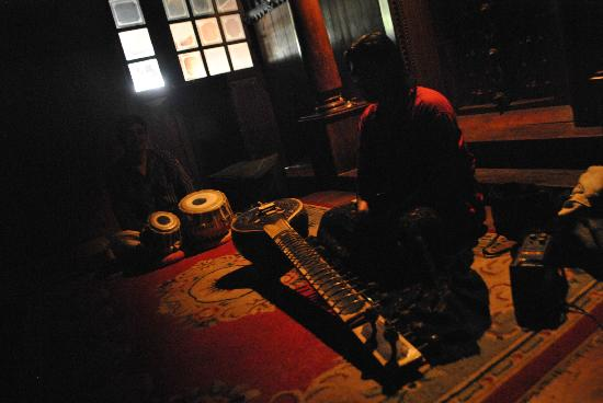 Green House Home Stay: tabla & sitar performance at local cultural centre