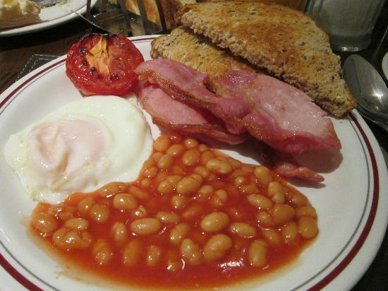 Arosfa: Cooked To Order Full English Breakfast