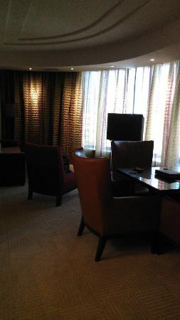 MGM Grand Detroit: Livingroom