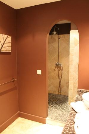 Sol e Luna Romantic Inn: Shower