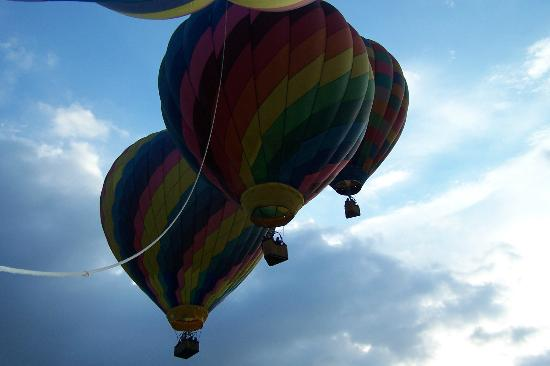 North Carolina Mountains, NC: The other balloons taking flight next to us