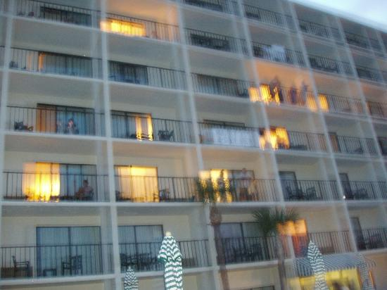 Days Inn Daytona Oceanfront: playing with camera...front