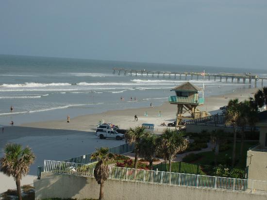 Days Inn Daytona Oceanfront: view