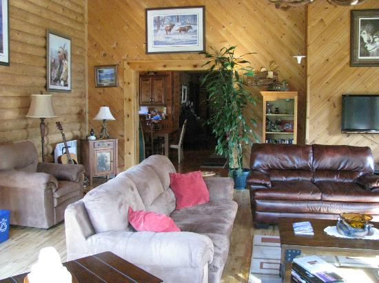 Tuckamore Lodge: Living room area