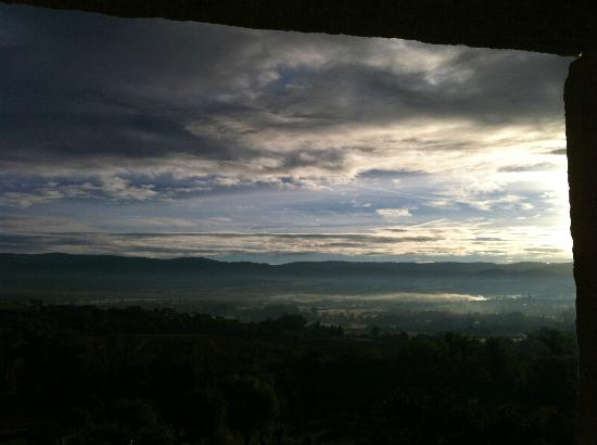 Domaine St Roch: Sunrise view from our room