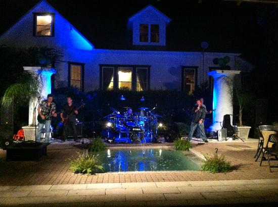 Henry Smith House: Outside Event