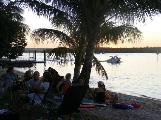 Noosa River Holiday Park : Sunset on the Noosa River