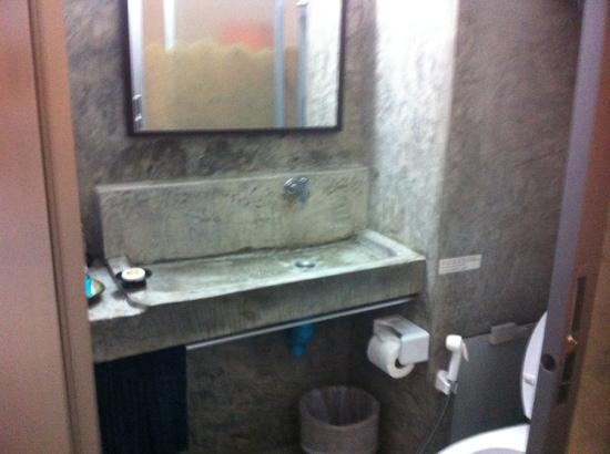 Pat's Klangviang: bathroom