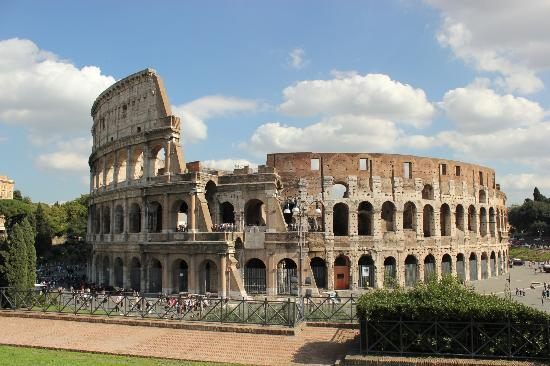 Tours in Rome: One of the best views of the Colosseum - up the road to the south across the road to the north