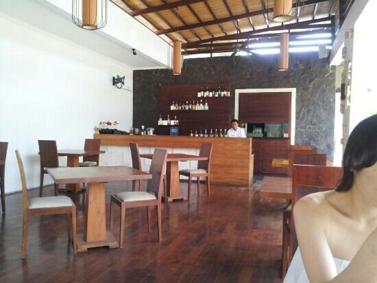 The Wolas Villas & Spa: 더울라스 레스토랑에서의 점심!