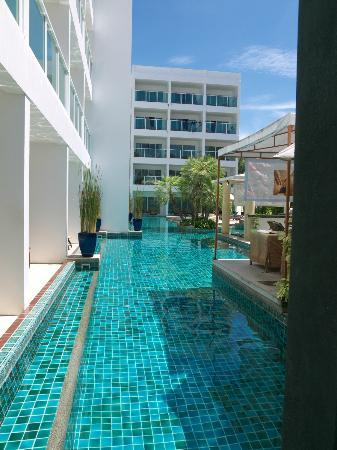 Chanalai Romantica Resort: swimming pool