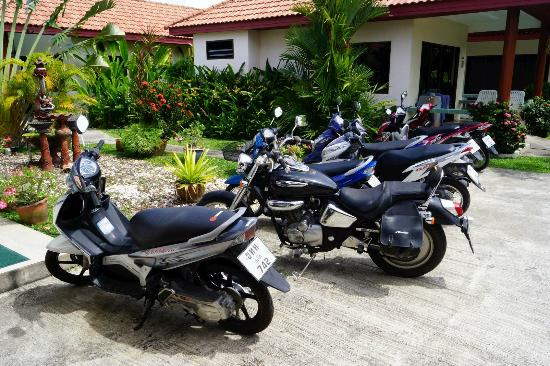 Sansuko Ville Bungalow Resort: Bikes for hire