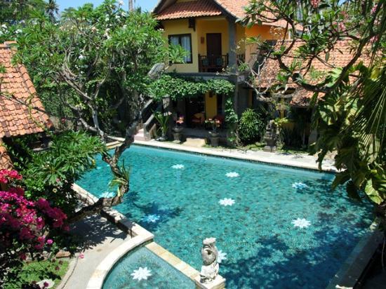 Puri Mesari Hotel & Suites: 2階の部屋から