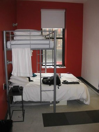 Hostelling International - Boston: The bed layout