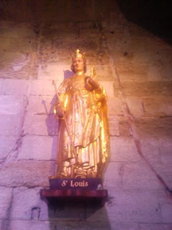 Eglise Notre-Dame des Sablons : Statue de Saint-Louis, éclairage naturel .