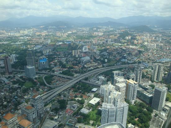 Ambassador Row Hotel Suites by Lanson Place: View of KL from Petronas Towers