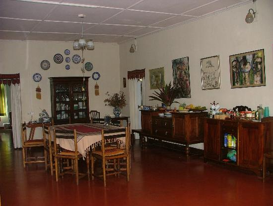 Halgolla Plantation Home: Dining Room