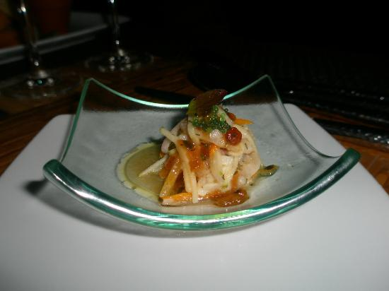 Dhevatara Beach Hotel: Кухня мастеров