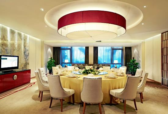 Pullman Xiamen Powerlong: Dragon Tales Private Room