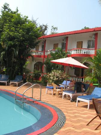 Anjuna Beach Resort: Pool facing rooms