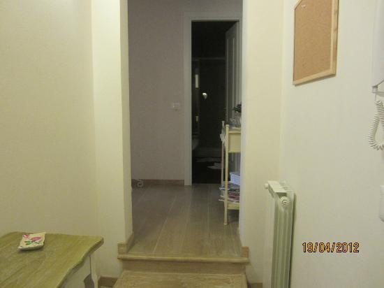 Al Duomo: Entrance of apartment