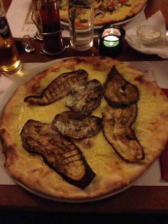 Caminetto: Pizza