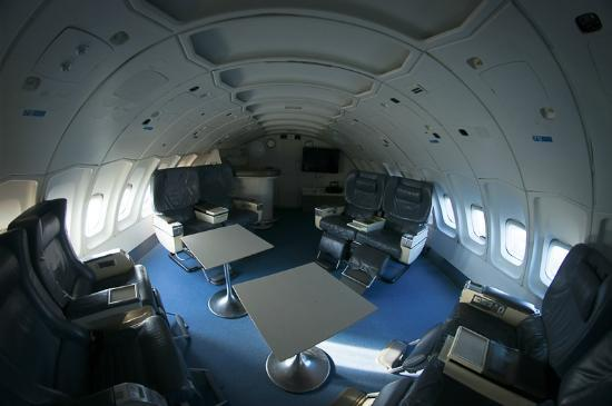 Jumbo Stay: Lounge - cockpit suite