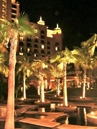 Atlantis, The Palm: davanti Hotel