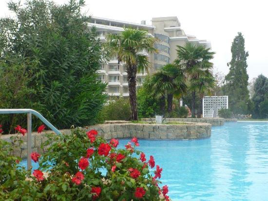 Terme di Galzignano - Hotel Splendid: piscina e splendid