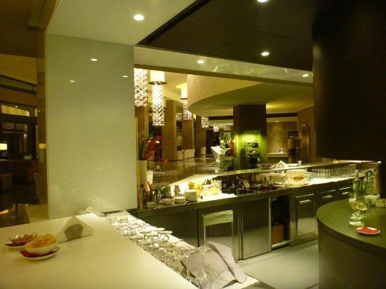 Terme di Galzignano - Hotel Splendid : il bar e la reception del Majestic